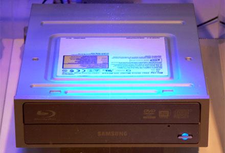 Samsung SH-B022A Blu-ray meghajtó a hannoveri CeBIT-en