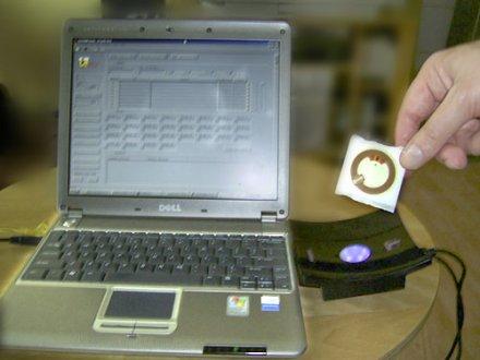 A világ első vírusos RFID lapkája