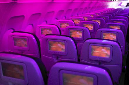 A Virgin Atlantic gépének kabinja