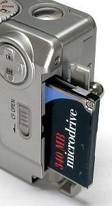 PowerShot S10 és 340 MB Microdrive