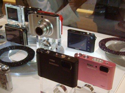 A Samsung új kompaktjai