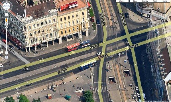 google térkép műholdas Repülőgépről fotózta le Budapestet a Google   HWSW google térkép műholdas