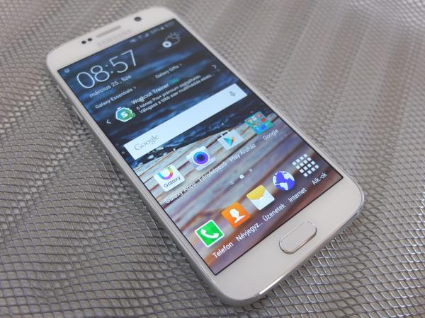 Kipróbáltuk  Samsung Galaxy S6 és S6 Edge - HWSW ca2561be3a