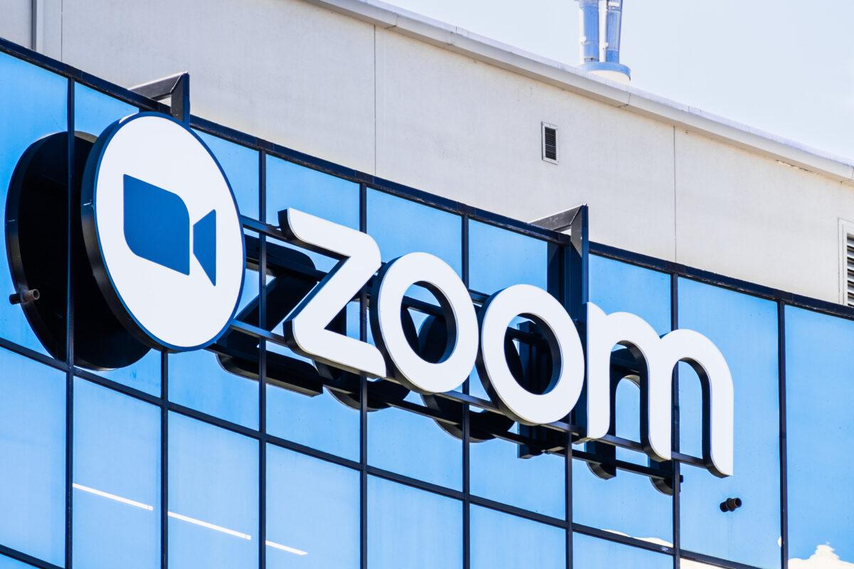 zoom01